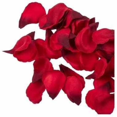 Bruiloft decoratie rode rozenblaadjes 100 stuks